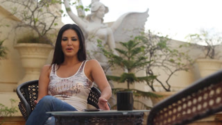 Sunny Leone shares pictures from her Honeymoon and other Trips