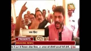 Halla Bol: Singing Of Vande Mataram Sparks Political Row In Maharashtra