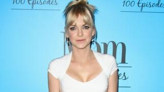 Anna Faris felt she 'betrayed her gender' after getting breast implants