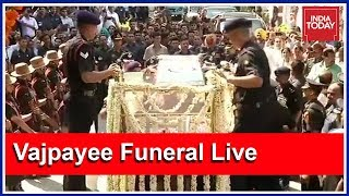 Army, Navy, Air Force Give Vajpayee A Gun Carriage Salute   Live Coverage