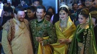 Neil Nitin Mukesh's Star Studded Reception | Bollywood News