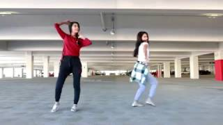 Beautiful Punjabi Girls Doing bhangra