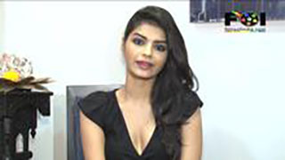 Sexy Sonali Raut Gets Chatty About The Xpose