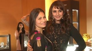 Huma Qureshi's Fashion Night Out!